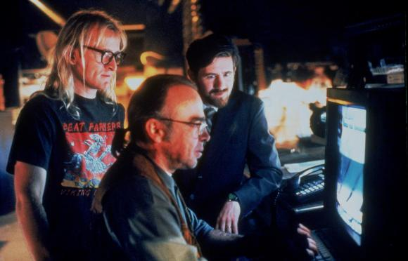 the_lone_gunmen_b